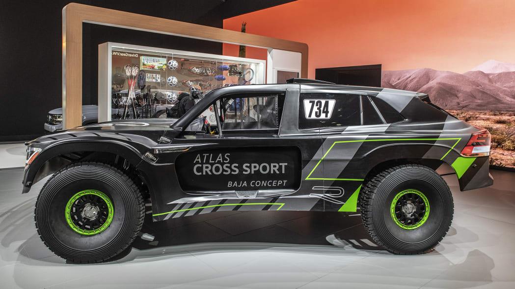 vw-atlas-cross-sport-r-la-05