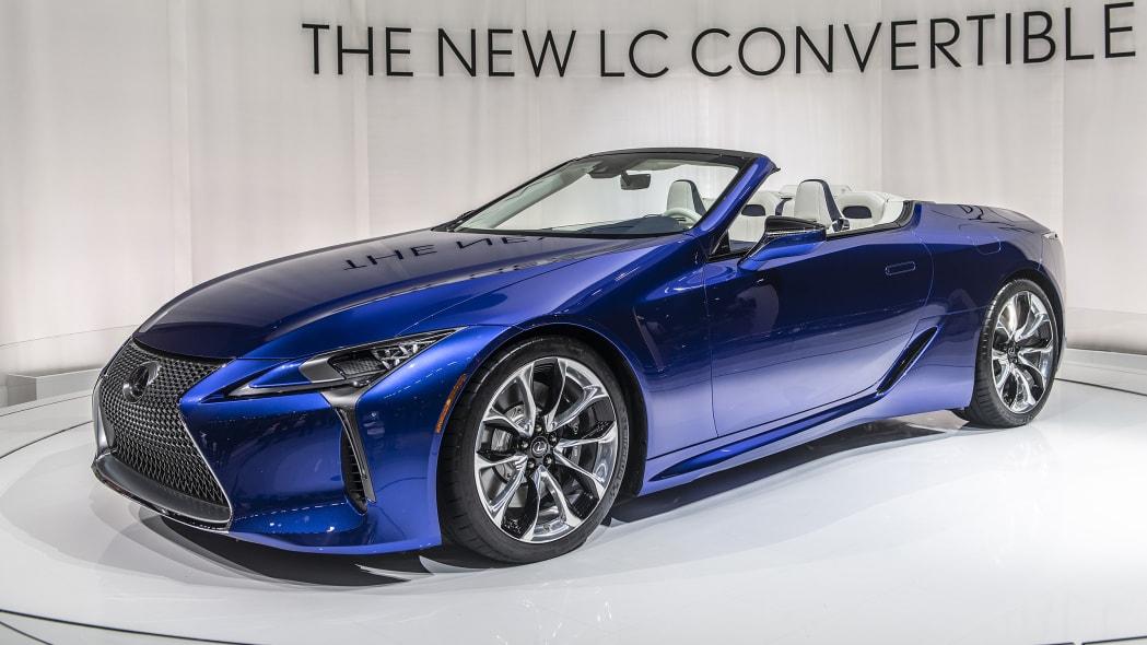 2021-lexus-lc-500-convertible-la-03