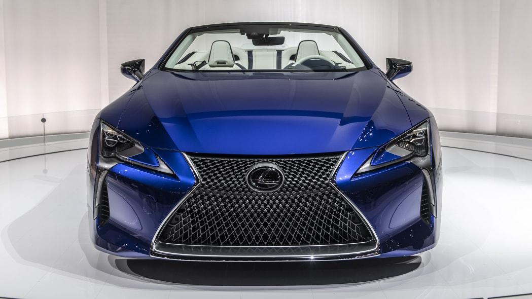 2021-lexus-lc-500-convertible-la-06