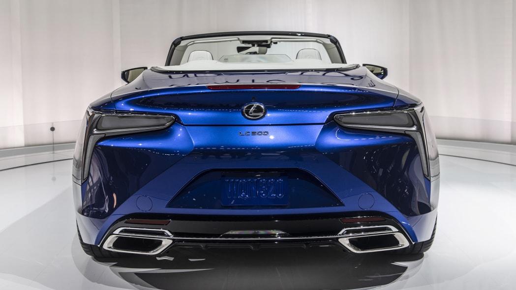 2021-lexus-lc-500-convertible-la-07
