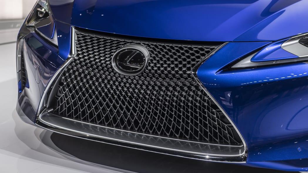 2021-lexus-lc-500-convertible-la-09