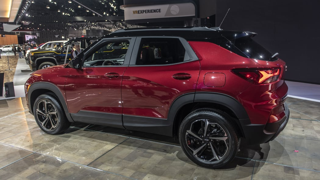 2021-chevrolet-trailblazer-la-04