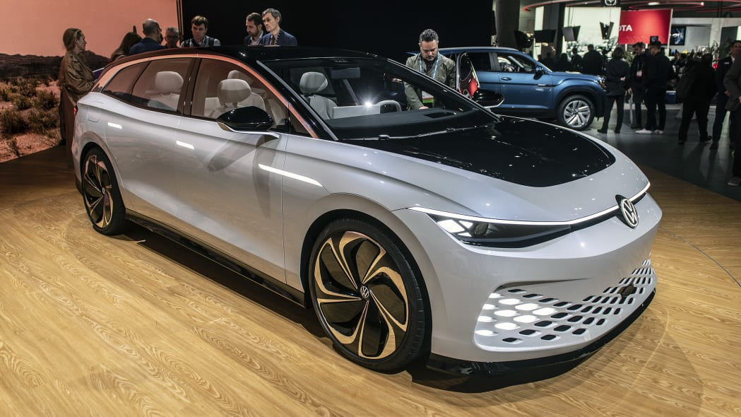 vw-id-space-vizzion-concept-la-01