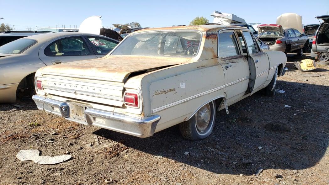 52 - 1965 Chevrolet Malibu in Colorado junkyard - photo by Murilee Martin