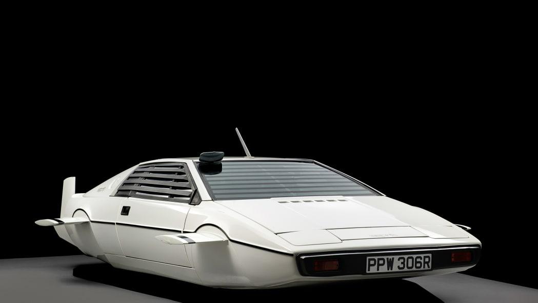 lotus-submarine-auction-2