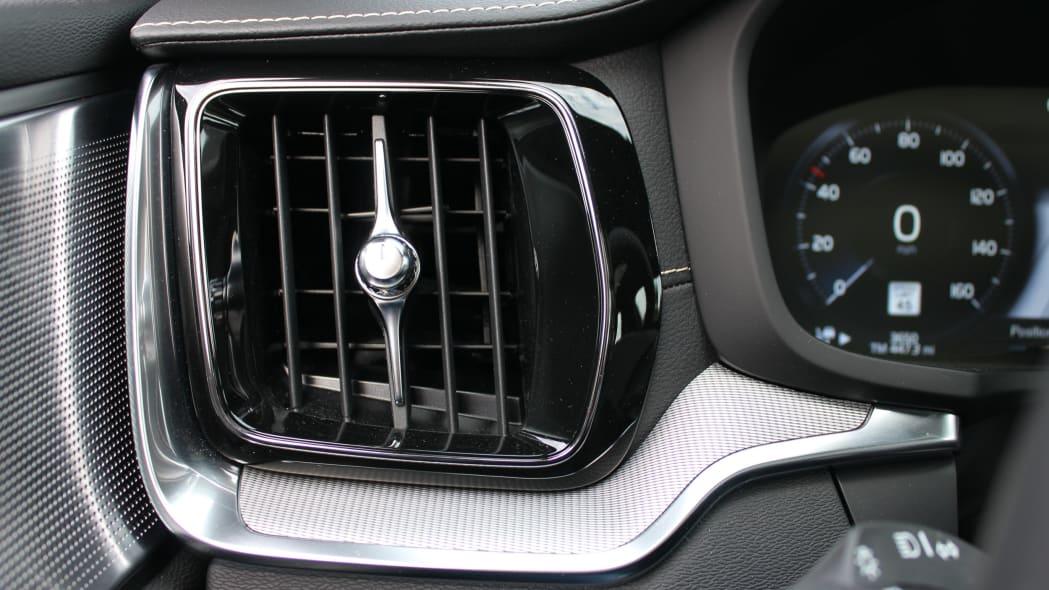 2020 Volvo V60 T8 Polestar Engineered