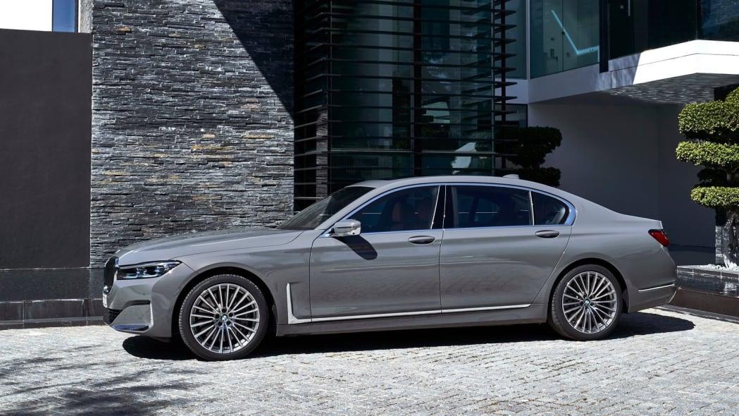1. BMW 7 Series