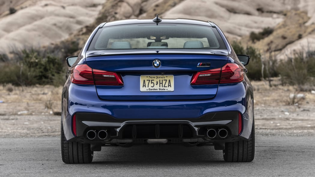 2019-bmw-m5-competition-review-07
