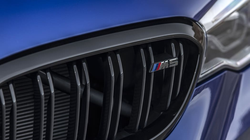 2019-bmw-m5-competition-review-12