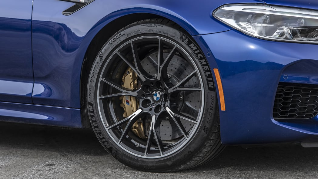 2019-bmw-m5-competition-review-13
