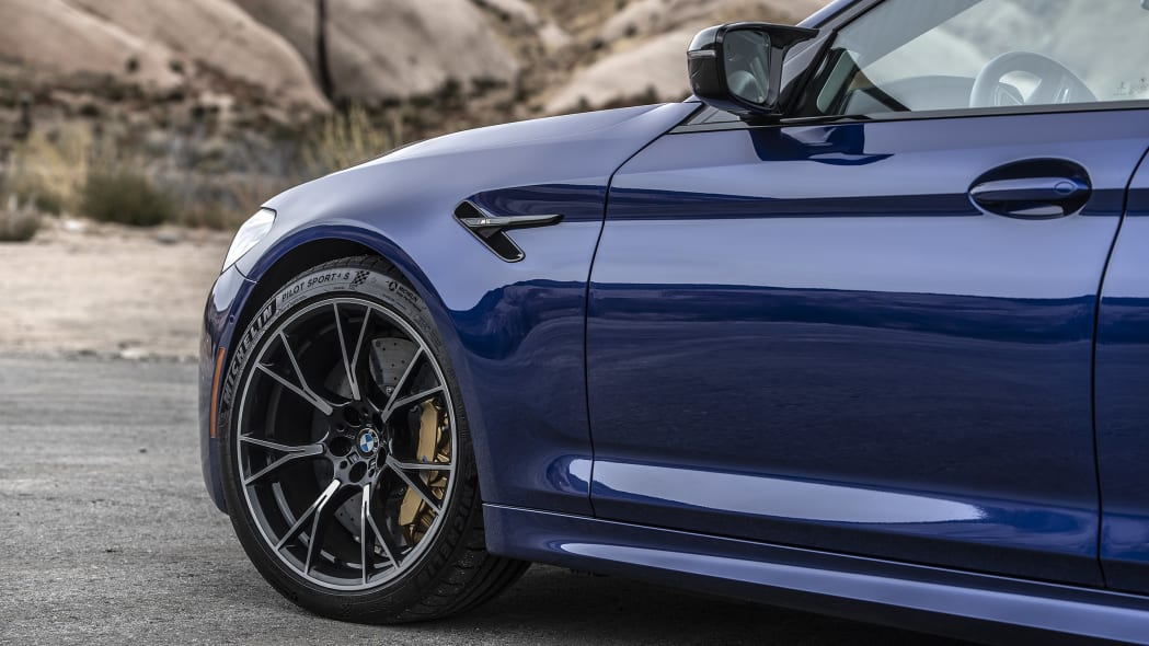 2019-bmw-m5-competition-review-14