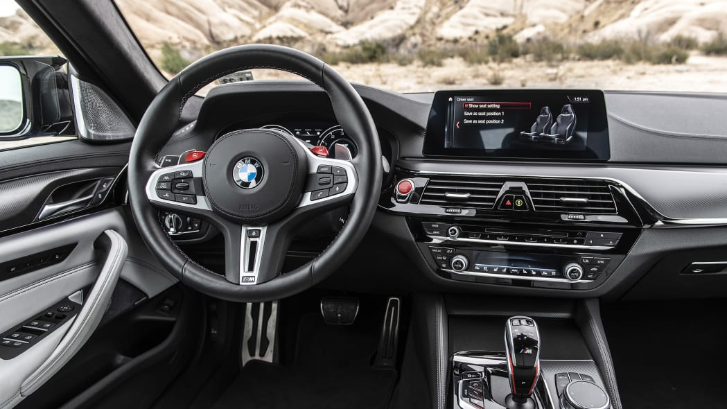 2019-bmw-m5-competition-review-25
