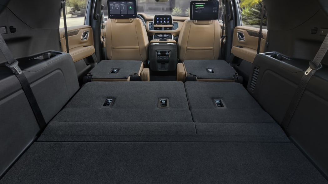 2021 Chevrolet Suburban-015
