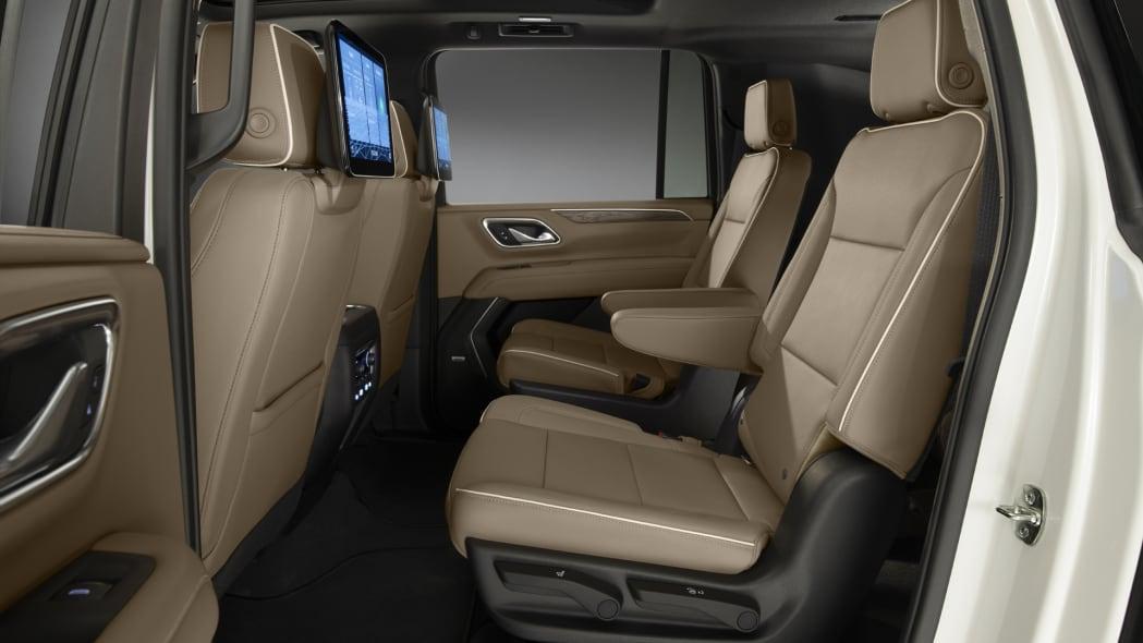 2021 Chevrolet Suburban-019