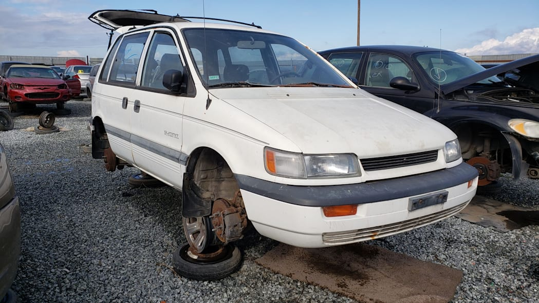 00 - 1992 Eagle Summit AWD in California junkyard - photo by Murilee Martin