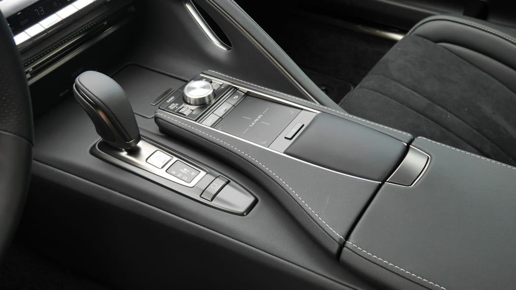 2020-lexus-lc500-cc-2