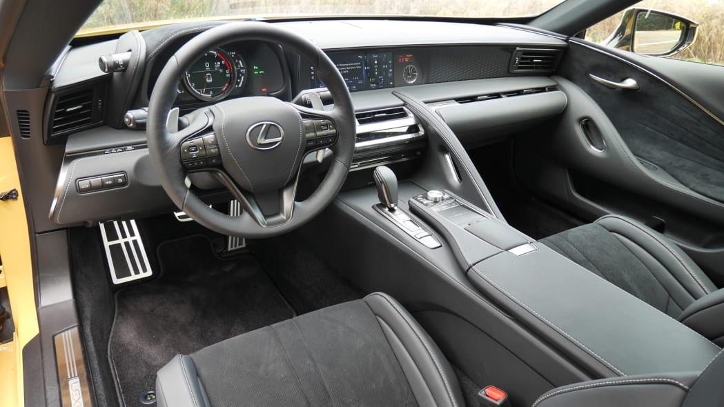 2020-lexus-lc500-dash-1