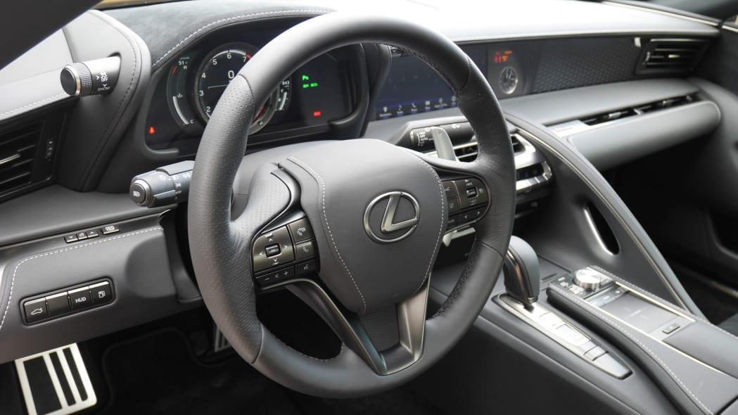 2020-lexus-lc500-stwheel