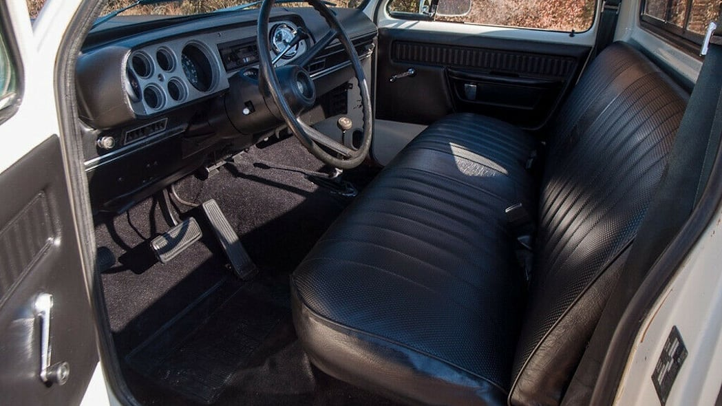 79 Dodge Power Wagon interior
