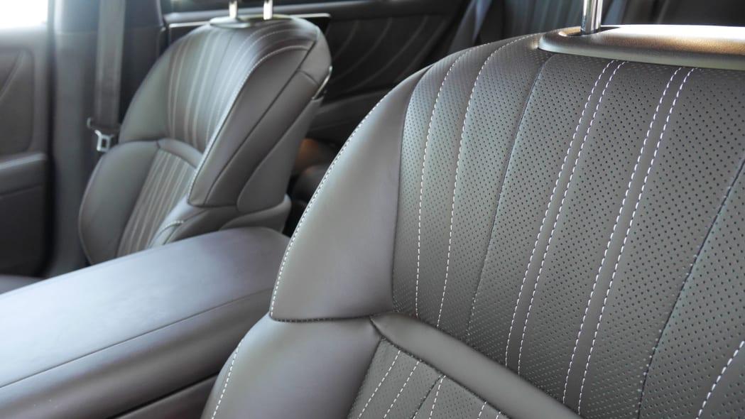 lexus-ls500h-int-leather