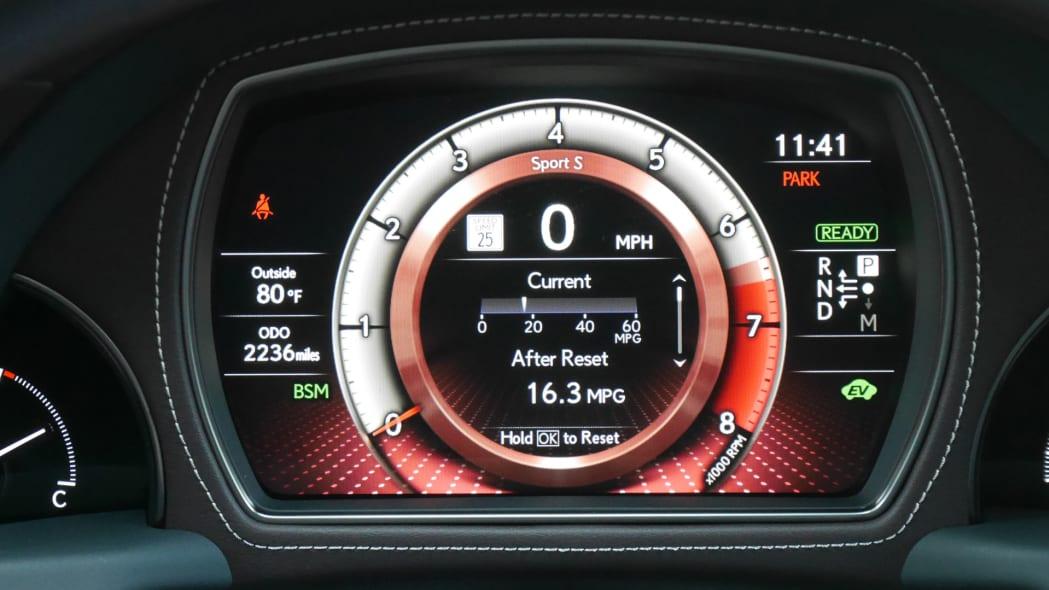 lexus-ls500h-ip-sport