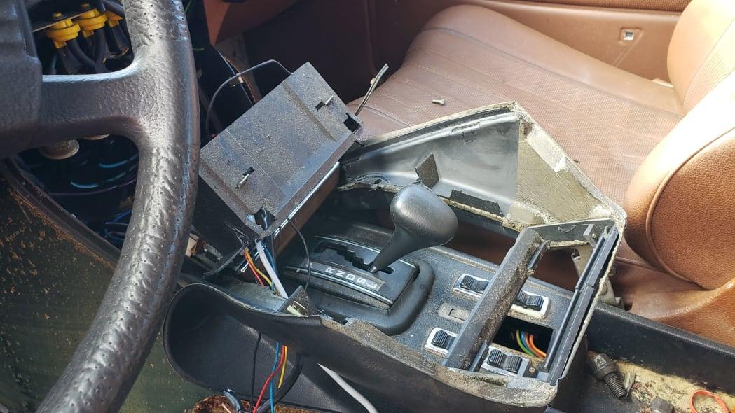 17 - 1979 Mercedes-Benz 300TD in California junkyard - photo by Murilee Martin