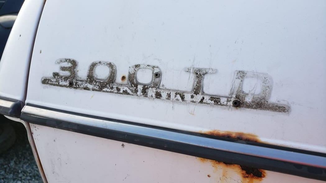 44 - 1979 Mercedes-Benz 300TD in California junkyard - photo by Murilee Martin
