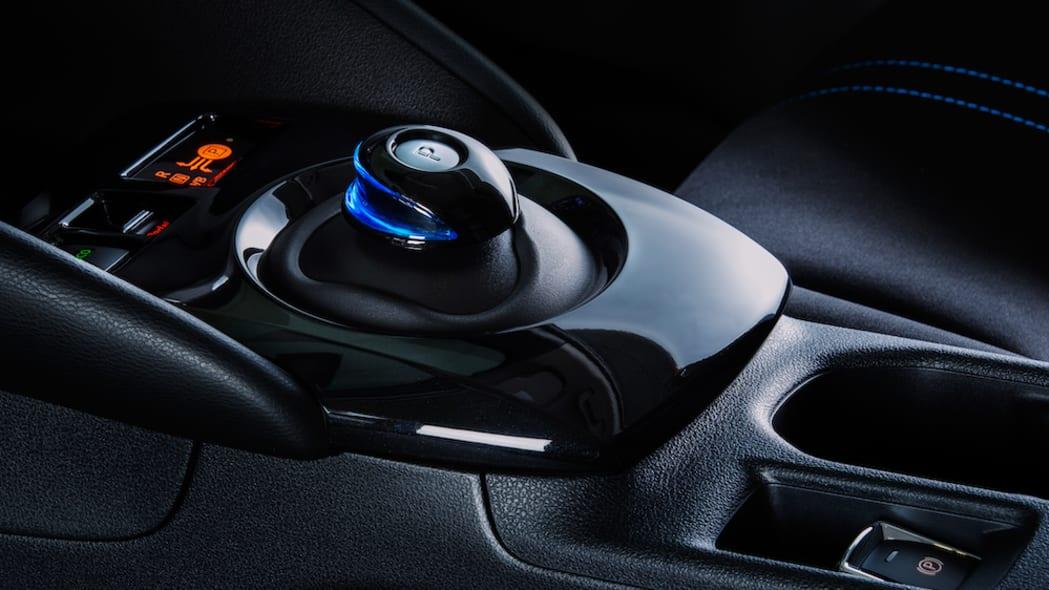 2020 Nissan Nissan LEAF SV Plus-16-source