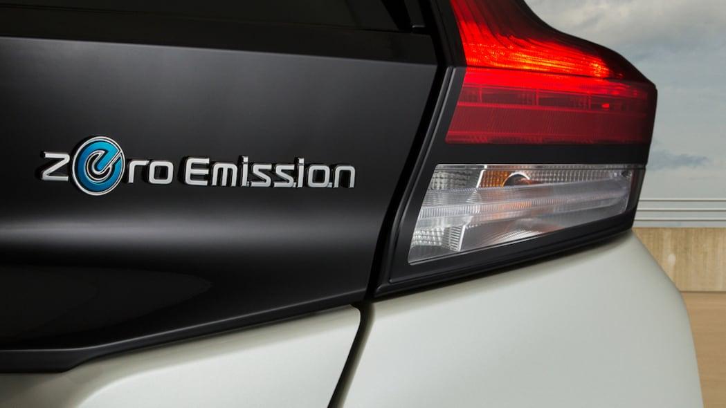 2020 Nissan Nissan LEAF SV Plus-17-source