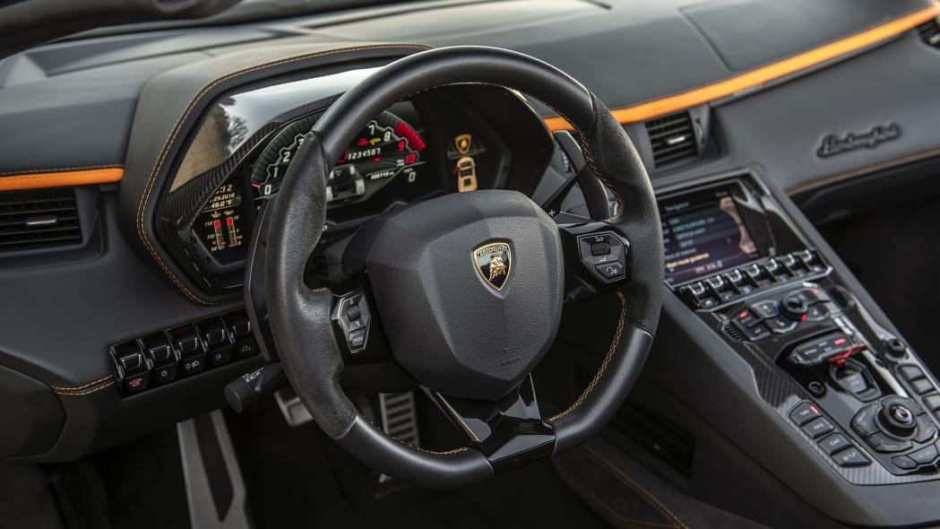51-lamborghini-aventador-s-roadster-review