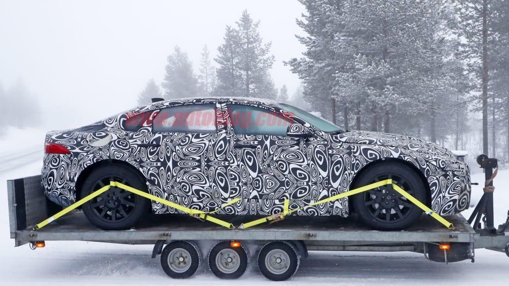 Jaguar XJ Mule 9