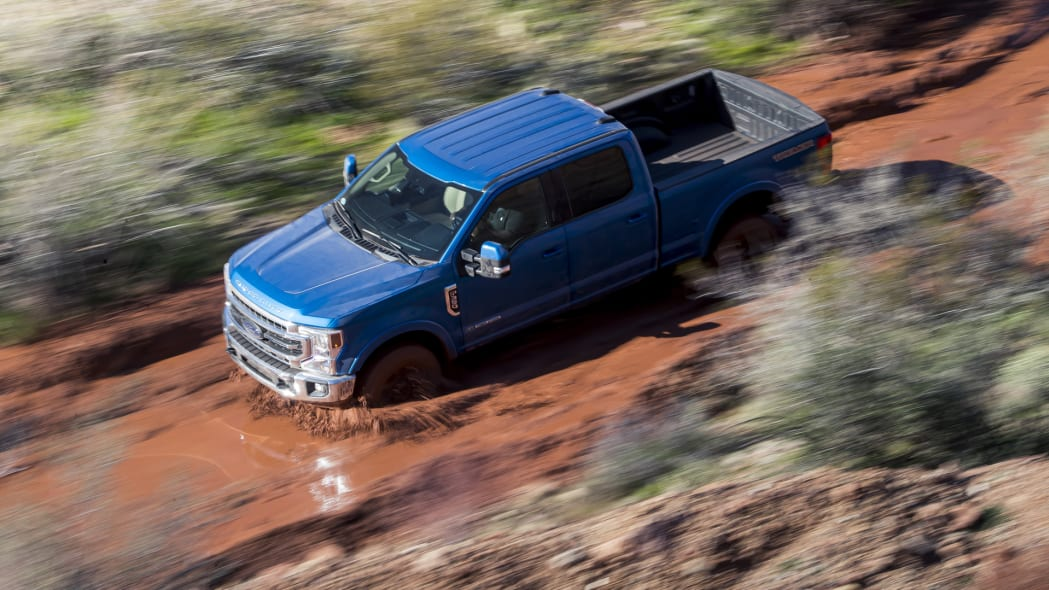 2020-ford-f-superduty-above-1