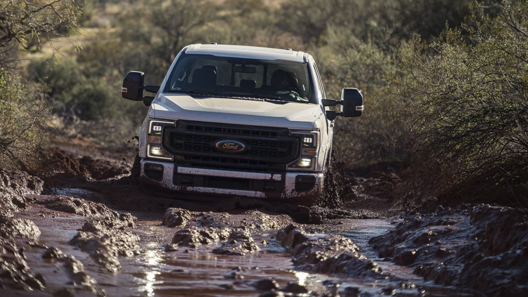 2020-ford-f-superduty-actfront-2