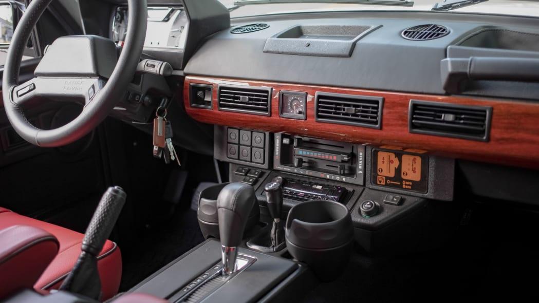 [Image: Project-Gunn_Range-Rover-Classic_011.jpg]