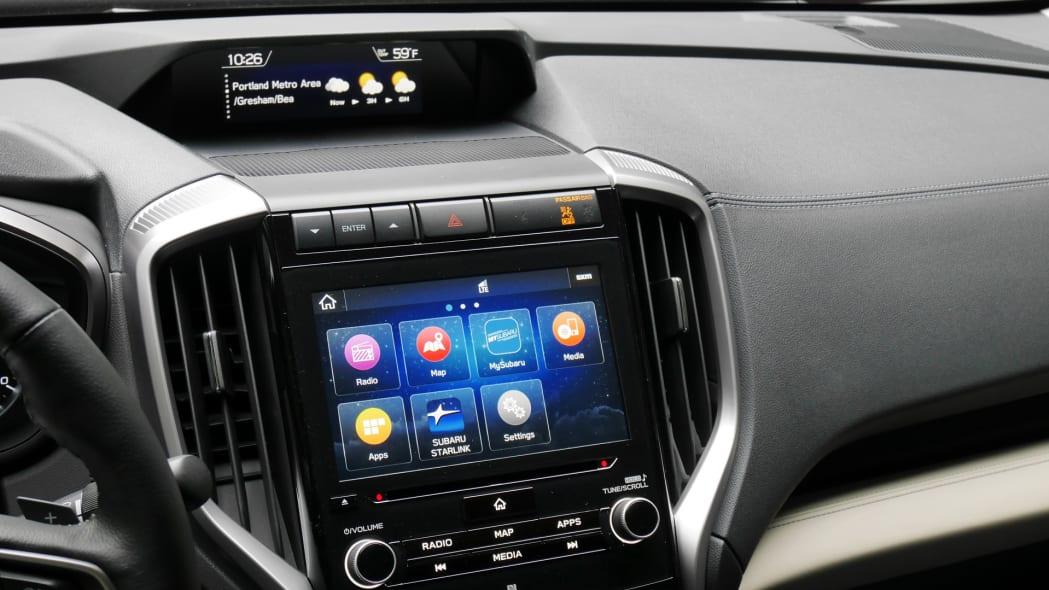 subaru-ascent-touchscreen