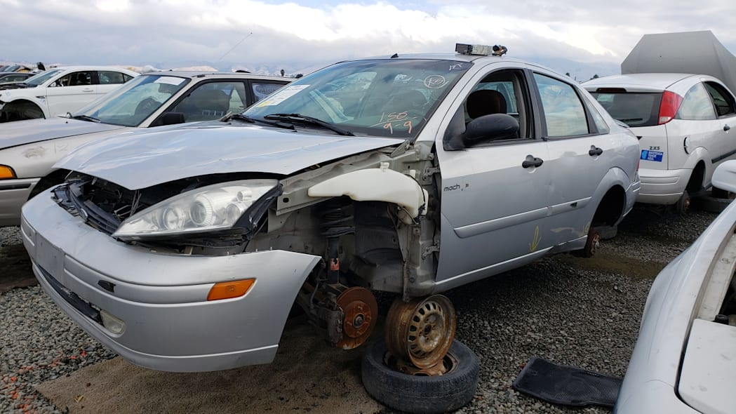 13 - 2002 Ford Focus Mach Edition in California junkyard - photo by Murilee Martin