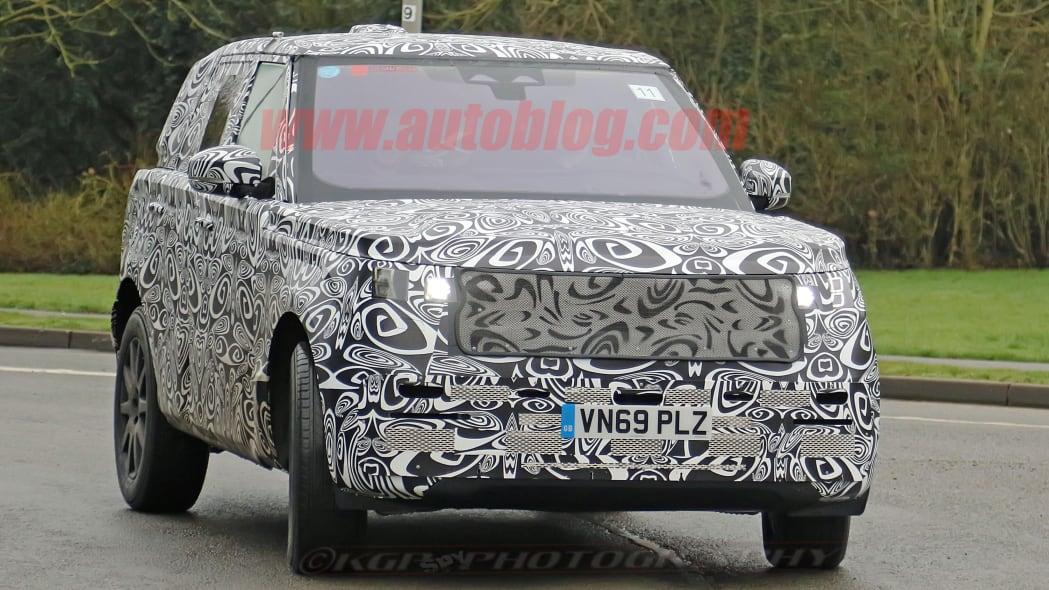 Range Rover Sport prototype spied
