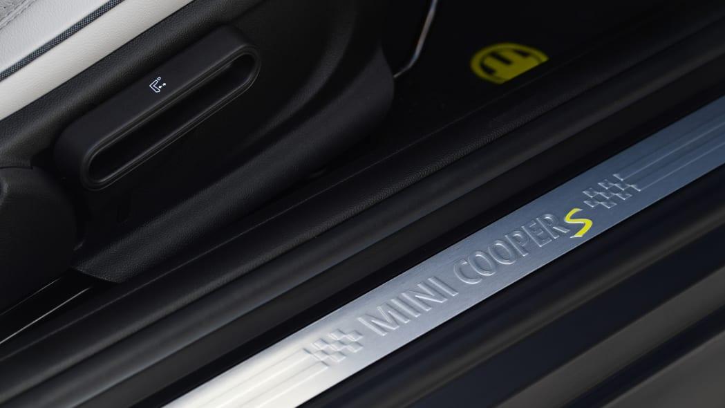 2020 Mini Cooper SE in Miami