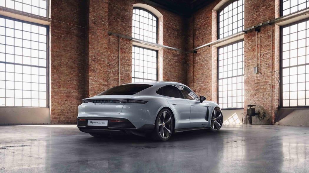 Porsche Exclusive Manufaktur Taycan 5