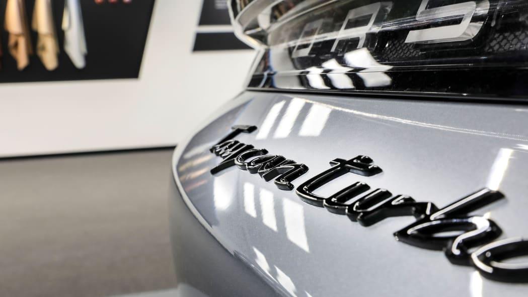 Porsche Exclusive Manufaktur Taycan 8