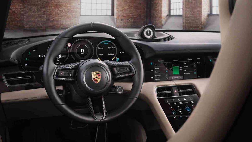 Porsche Exclusive Manufaktur Taycan 11