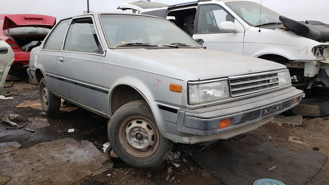 00 - 1986 Nissan Sentra in Colorado junkyard - Photo by Murilee Martin
