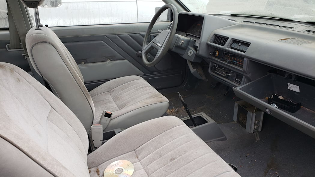 15 - 1986 Nissan Sentra in Colorado junkyard - Photo by Murilee Martin