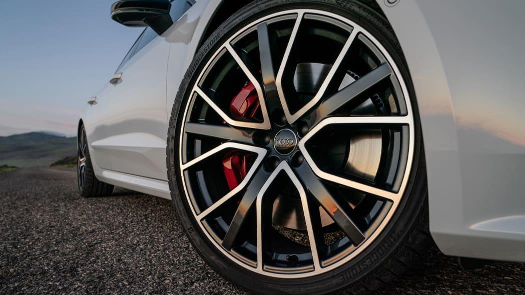 2020-audi-s7-wheel
