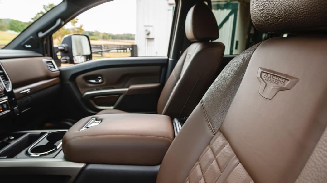 2020 Nissan TITAN XD Platinum Reserve-18