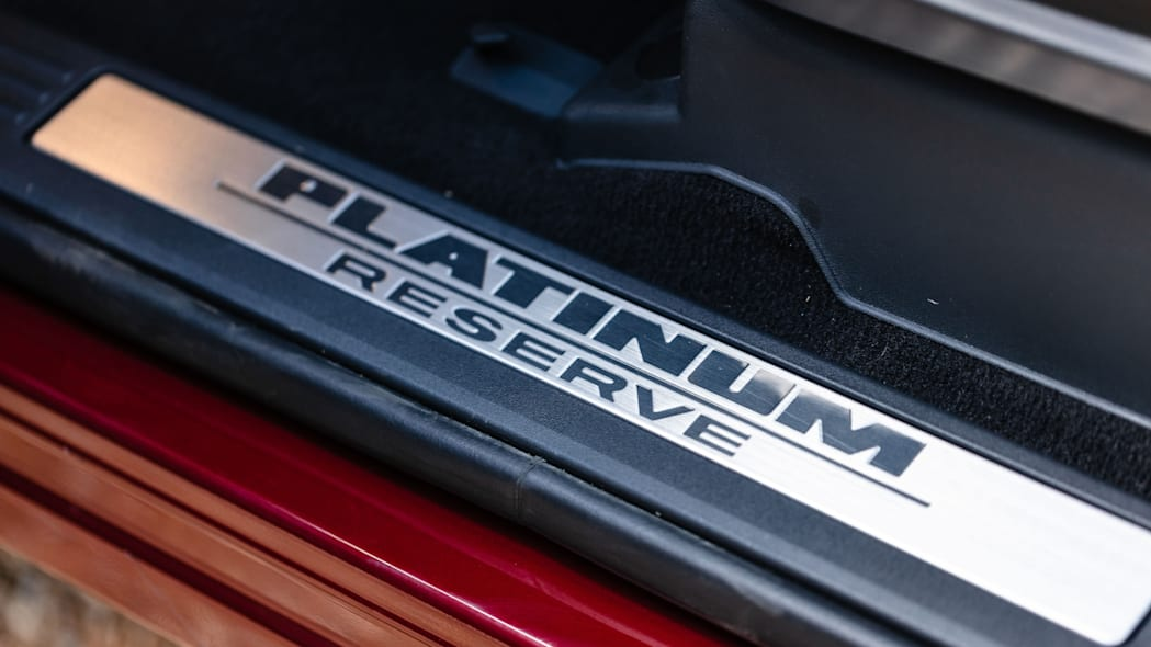 2020 Nissan TITAN XD Platinum Reserve-21