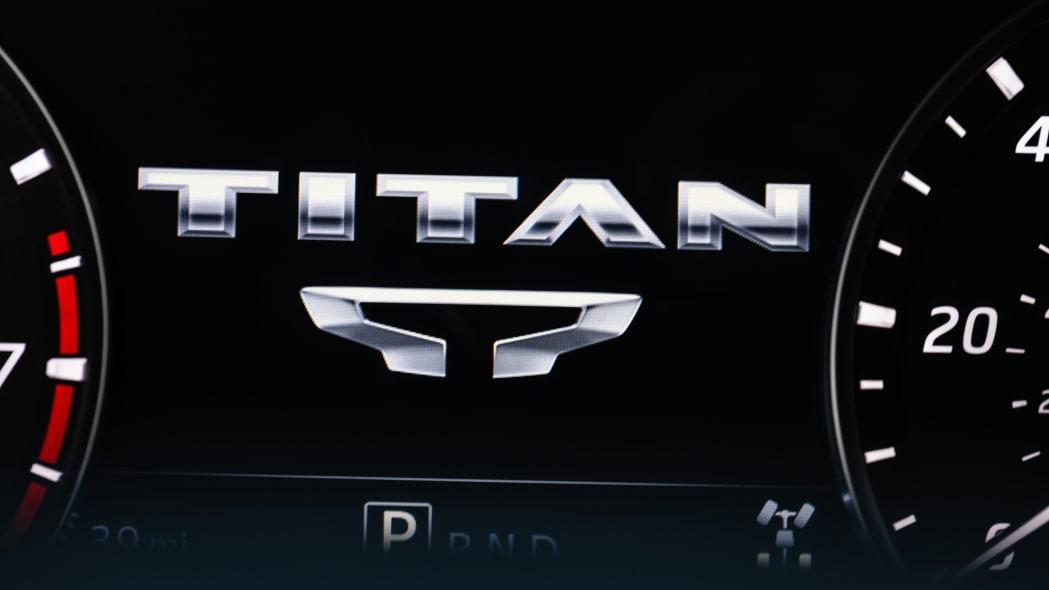 2020 Nissan TITAN XD Platinum Reserve-23