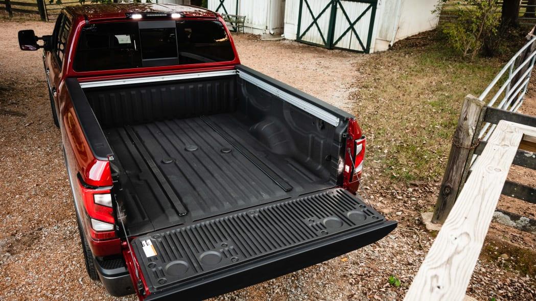 2020 Nissan TITAN XD Platinum Reserve-24