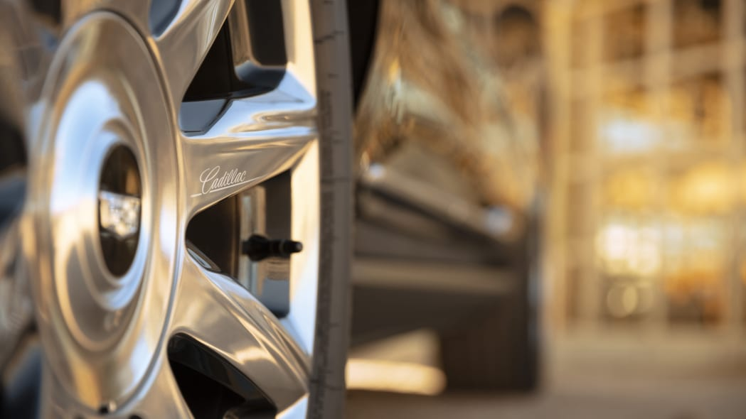 2021 Cadillac Escalade revealed during Academy Awards ...