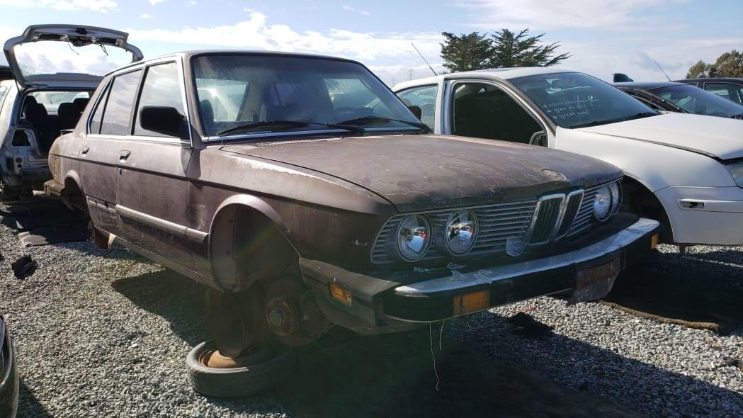 21 - 1984 BMW 528e in California junkyard - Photo by Murilee Martin